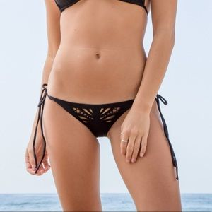 NWT✨Beach Riot Reveal Bottom | Black